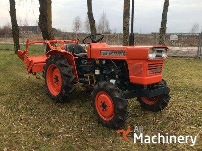 KUBOTA L-2000 mini traktoriai
