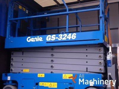 GENIE GS3246 Žirkliniai keltuvai
