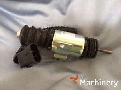 GEHL 420-35448, 930A  krautuvų varikliai ir jų dalys